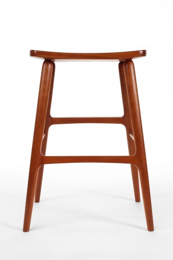 Astonishing Berry Barstool Made In Usa Gary Weeks And Company Beatyapartments Chair Design Images Beatyapartmentscom