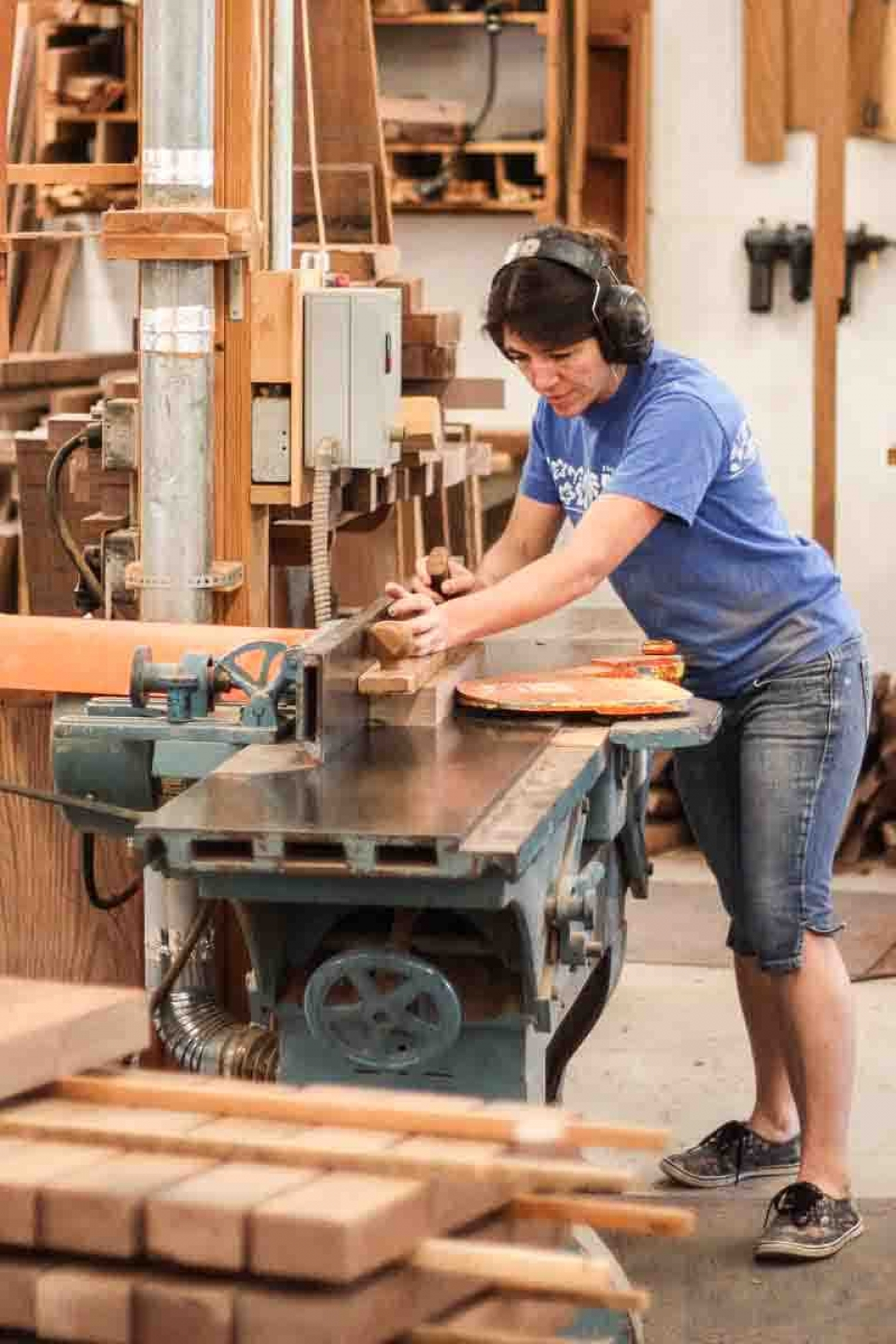 Audra flattening rocking chair seat boards