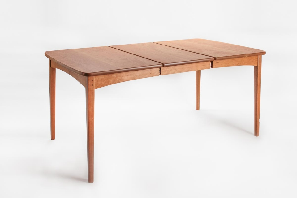 extension dining table open for leaf