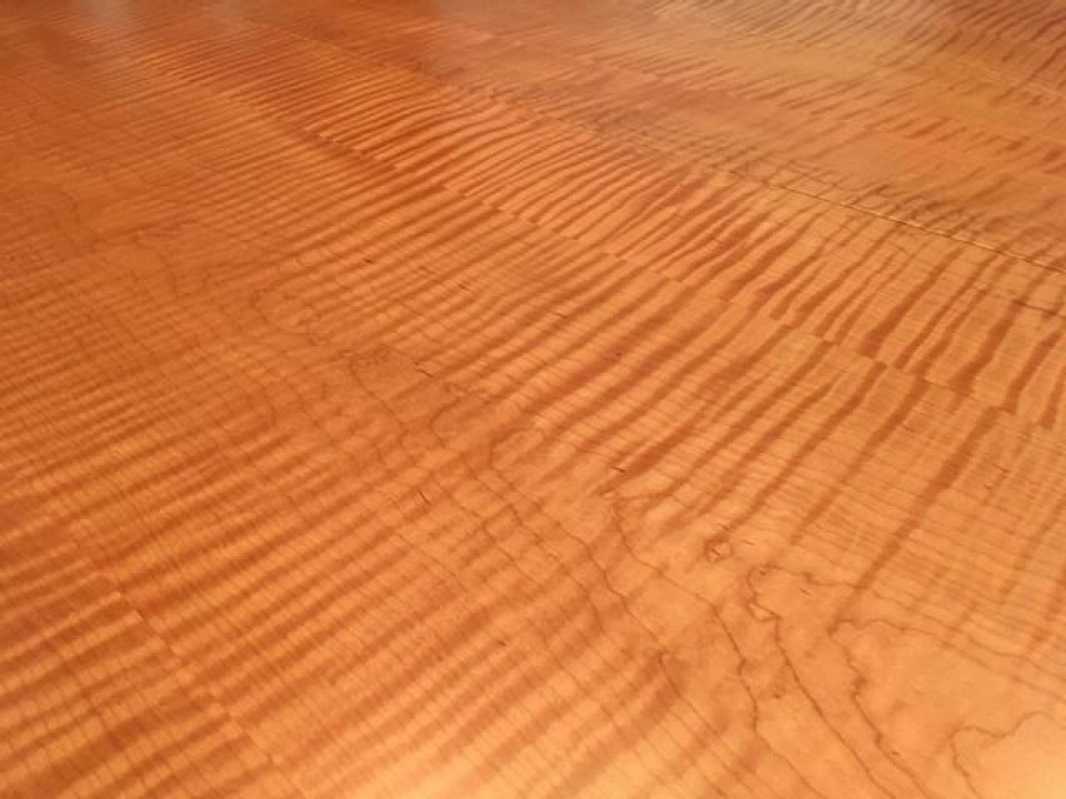 Curly Maple Top