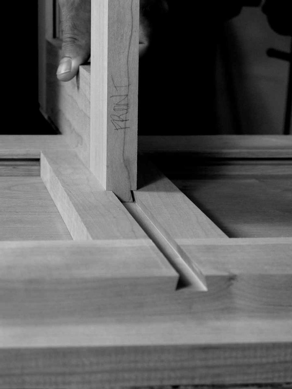 assembling a sliding dovetail joint 2