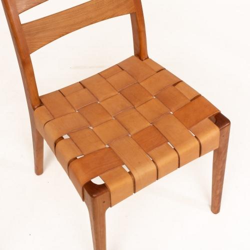 wide strap seat