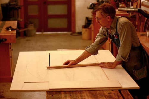 Gary drawing a circle with a trammel